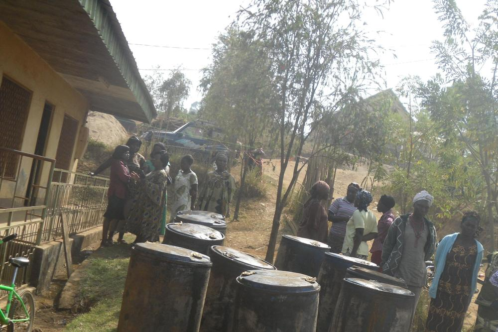 230_litres_of_oil_to_10_women_